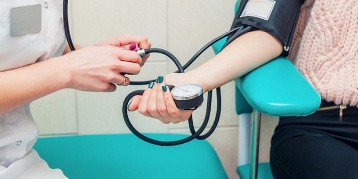 Pressão arterial baixa (hipotensão): quando se preocupar